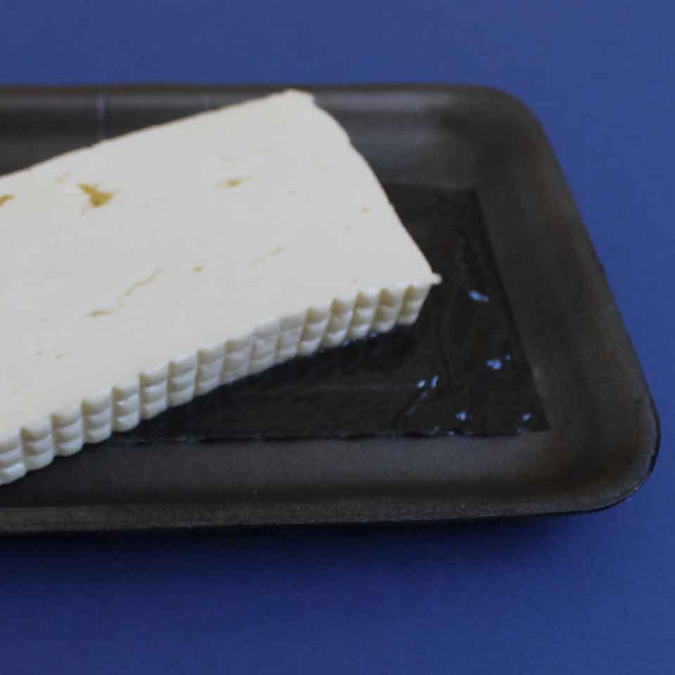 Absorbent Food Pad - Secanti - 50mL - Produto na cor preta.