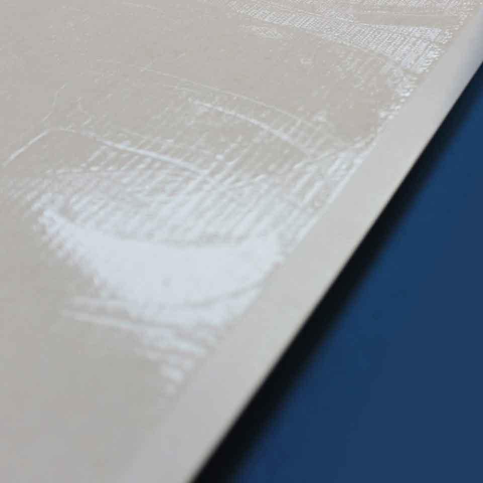 Armadilha Adesiva - Captor Sob Medida - Detalhe de nossa qualidade, margem e quantidade de cola uniforme.