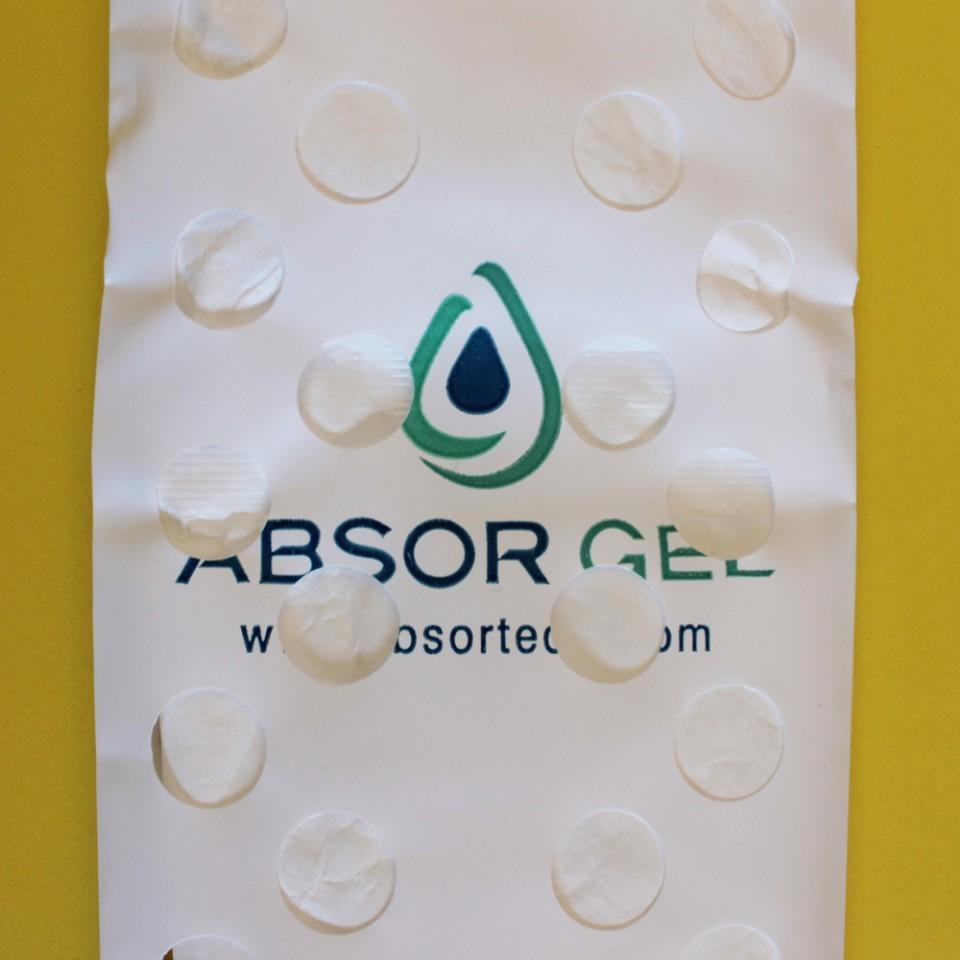 Detalhe dos furos de absorção.