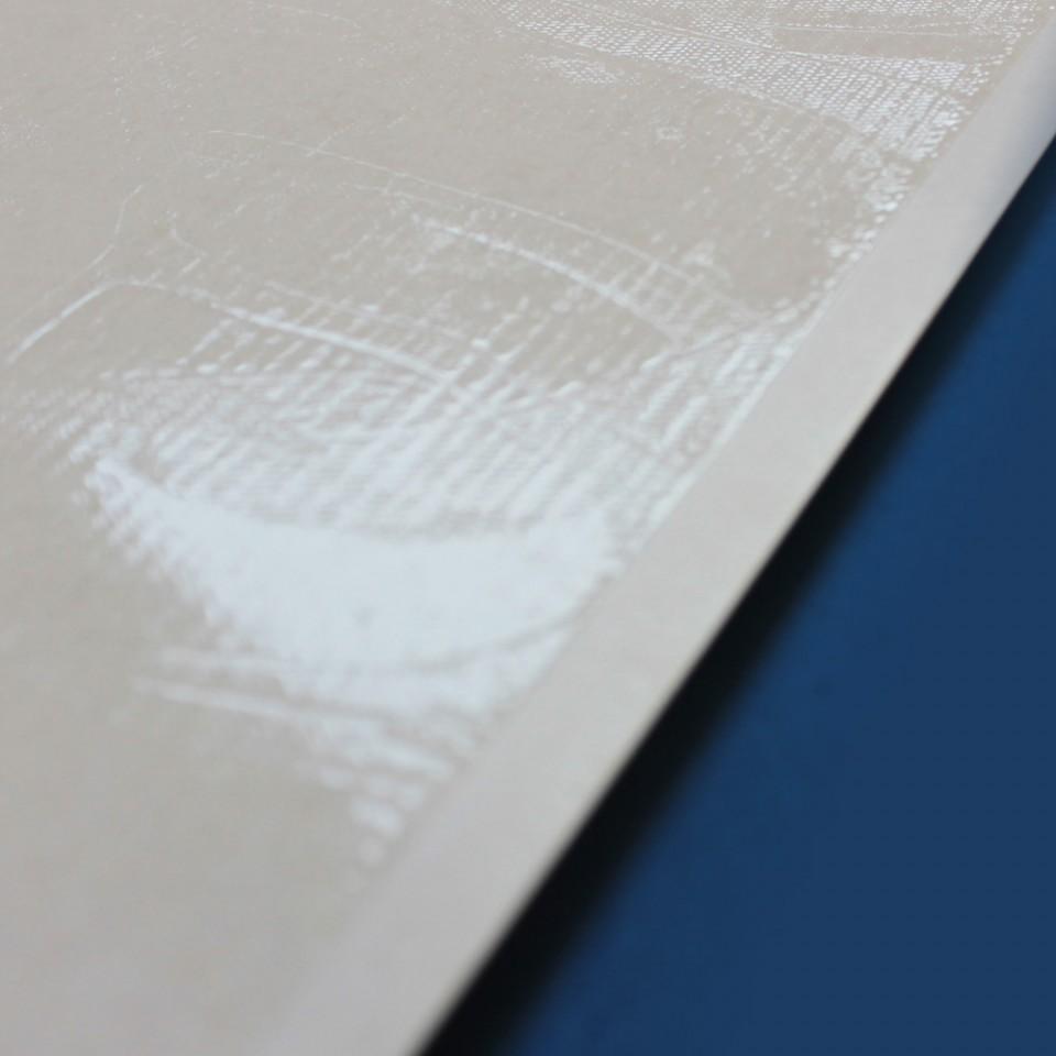 Detalhe de nossa qualidade, margem e quantidade de cola uniforme.